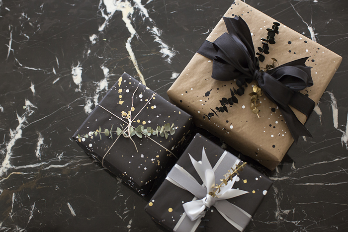 aimee_song_diy_gift_wrap_paper_black_and_gold_2